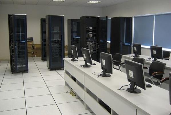 学校微机室全钢防静电地板