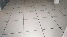 金属防静电活动地板的安装工艺【如何找水平】