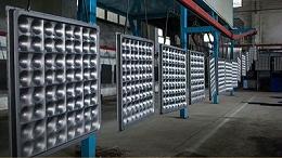 顾客在西安防静电地板厂家购买的产品贵了,他却说:我愿意!