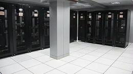 铺设机房防静电地板时,如何做收边处理?